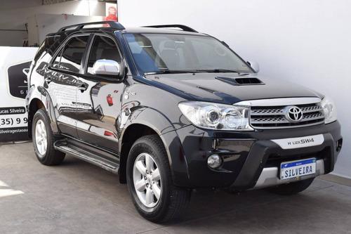 Imagem 1 de 10 de Toyota Hilux Sw4 3.0 Srv 4x4 7 Lugares 16v Turbo