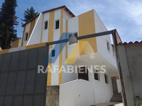 Casas En Venta, Loma De Los Ángeles. Permuta