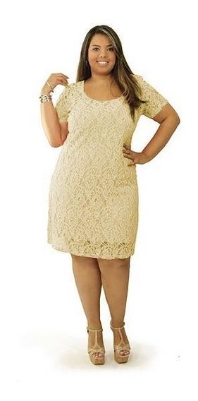 Vestido Plus Size Em Renda Tubinho Midi