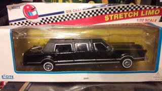 Miniatura De Veículo Lincoln Town Car Limousine