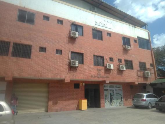 Oficina En Venta Barquisimeto Centro 20-10927 Rbw