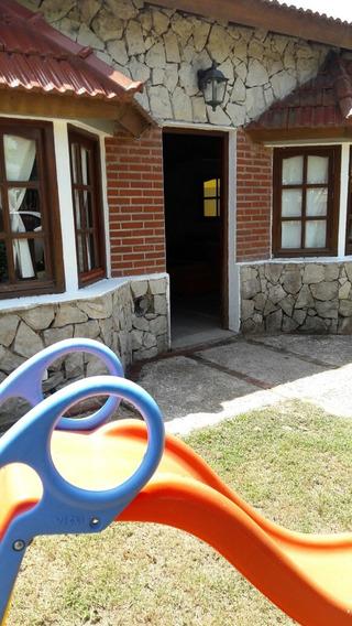 Casa Para 6 Personas,quincho Techado,7 Cuadras Del Mar