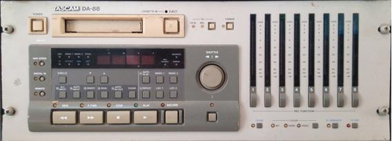 Gravador Digital Tascam, Da-88