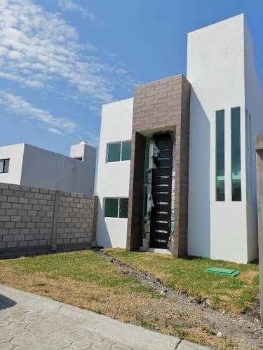 Casa Nueva En Excelente Ubicación, Solo Pago De Contado