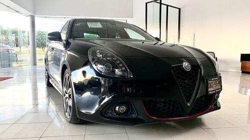 Imagen 1 de 9 de Alfa Romeo Giulietta 2017 1.7 Veloce Tct At