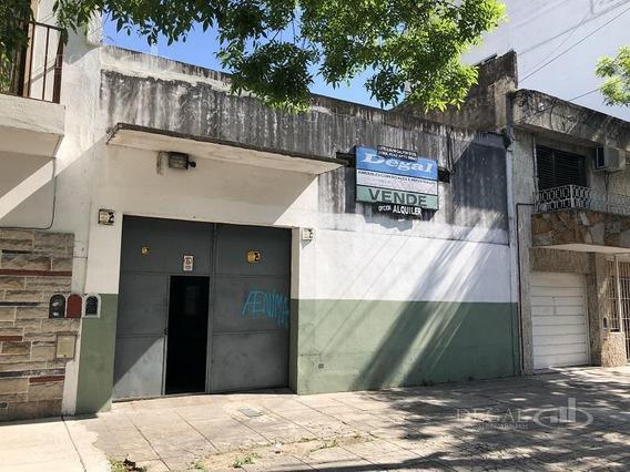 Depósito - Villa Del Parque