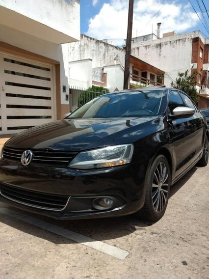 Volkswagen Vento 2.0 Turbo Dsg Se Va Al Día Transferido!!