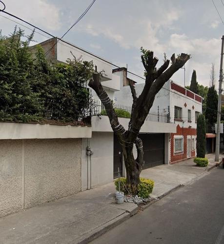 Imagen 1 de 11 de Casa En Venta En Claveria, Azcapotzalco  Cjco