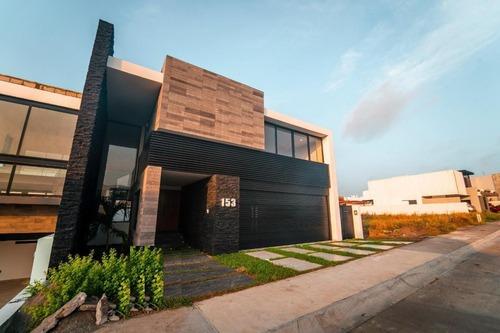 Punta Tiburon, Casa En Venta Frente Área Verde Con Alberca Y Área De Tv, (ma)