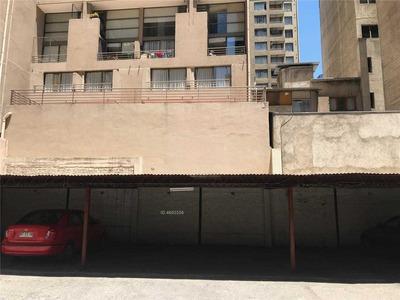 Comunidad Edificio Miraflores - Miraflores 327, Santiago - Estacionamiento 18