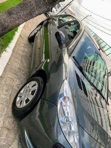 Peugeot 207 2011 1.4 X-line Flex 5p