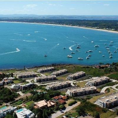 Punta Del Este. Departamento Frente Al Mar En Punta Ballena