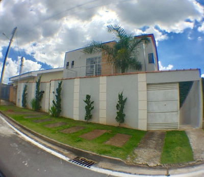 Casa Com 3 Quartos Para Comprar No Parque Véu Das Noivas Em Poços De Caldas/mg - 1666