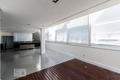 Apartamento No 14º Andar Com 2 Dormitórios E 1 Garagem - Id: 892931217 - 231217