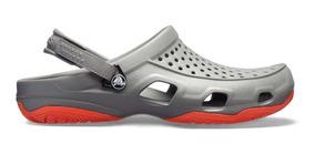 Zapato Crocs Caballero Swiftwater Deck Clog Gris/naranja