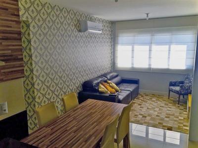 Apartamento No Bairro Centro Em Florianópolis - Lace374