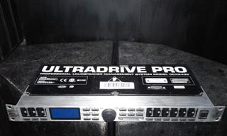 Crossover Behringer Ultradrive Dcx 2496 Procesador Usado
