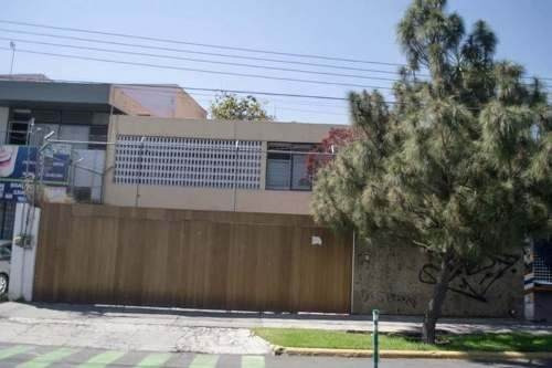 Residencial Casa Venta Jardines Del Bosque Guadalajara