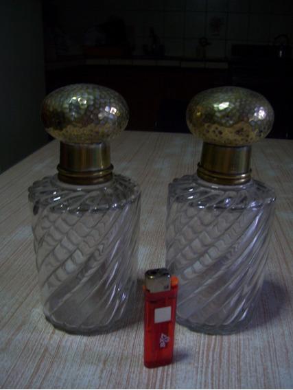 Par De Perfumeros (tapones Numerados) Capuchones De Metal