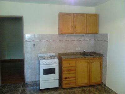 Alquilo Tipo Casa De 2 Ambientes Al Fdo En Palomar F:7259