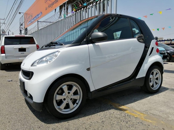 Smart Fortwo Coupe Black And White 2012