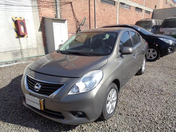 Nissan Versa Advance Autom