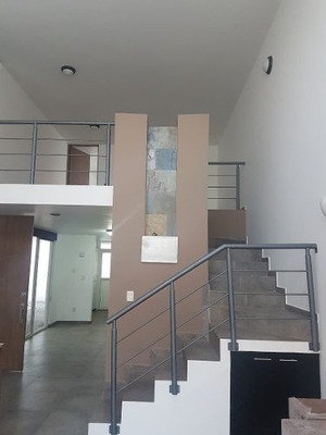 Renta De Amplio Loft En Metepec
