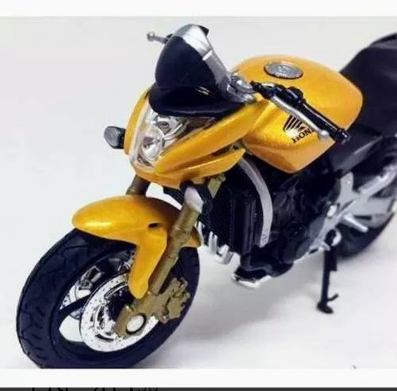 Miniatura Moto Hornet 1.18