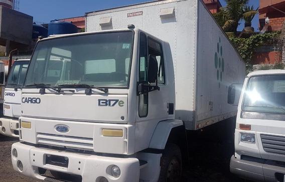 Ford Cargo 1317 Baú Ano 2007