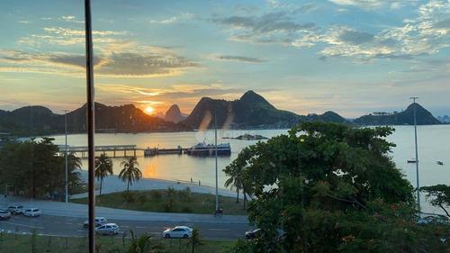 Vista Magnifica Do Mar, Varandão, 4 Quarto Por R$ 2.500.000 - Charitas - Ap45348