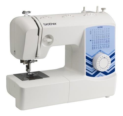Máquina de coser Brother XL3700  blanca y azul 220V