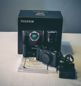 Camera Fujifilm X-m1 + Lente 16-50mm