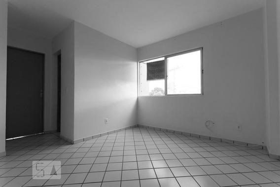 Apartamento No 1º Andar Mobiliado Com 2 Dormitórios E 1 Garagem - Id: 892891966 - 191966
