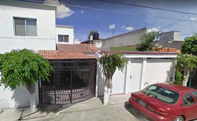 Casa Remate Bancario Fraccionamiento La Joya