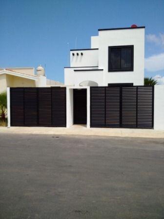 Casa En Playa Del Carmen,qroo Con 2 Recámaras Y Terraza