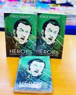 Heroes. Historia Secreta De Chile Baradit 100%original