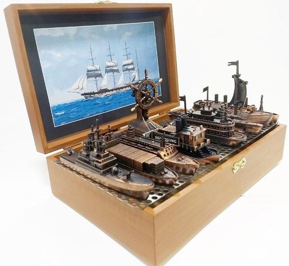 Miniaturas Com 9 Peças Embarcações De Época - Titanic