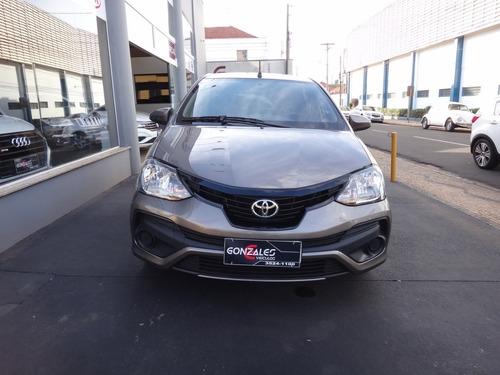 Imagem 1 de 9 de Toyota Etios X 1.3 Automático Flex