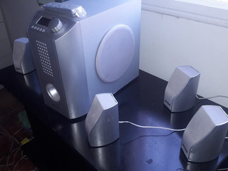 5.1 Home Theater Audiologic Aht-150 - 5 Parlantes