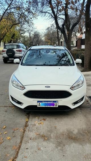Ford Focus Iii 2.0 Sedan Se Plus Mt 2016
