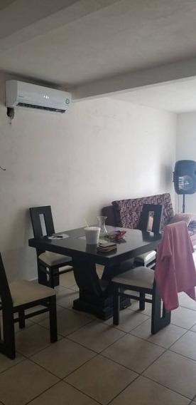 Casa En Renta Porfirio Diaz, Xalisca Residencial Los Laureles.