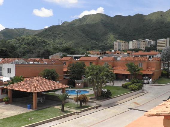 Townhouse En Venta Trigal Norte Valencia Carabobo 20-4548 L
