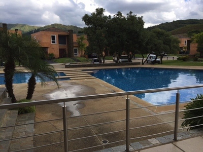 Vendo Townhouse En Lomas Del Country 400m Sgreej 293950