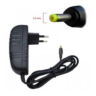 Cargador 220 Volts De Tablet Pc 5v 2a Pin Fino 2.5x0.7mm.