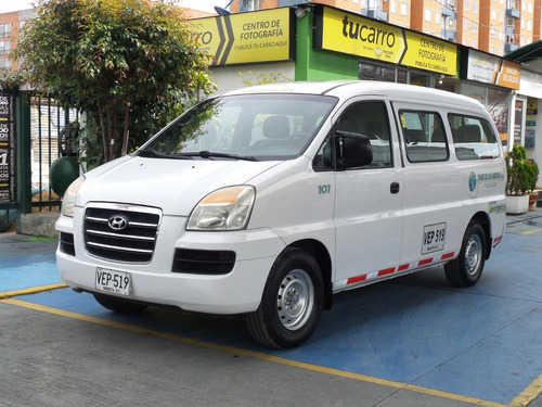 Microbus Hyundai Starex H1