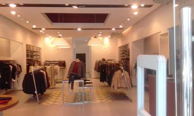 Excepcional Local En Alquiler - Zona Oulet Av Cordoba -