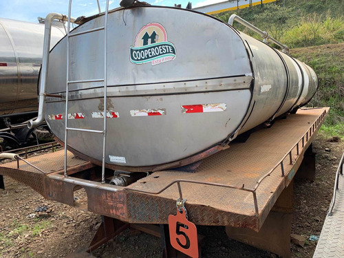 Imagem 1 de 9 de Tanque Rodoviário Padrão Água