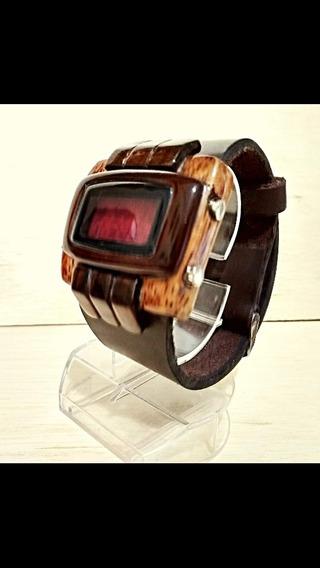 Relógio De Pulso Digital Em Madeira Feito A Mão