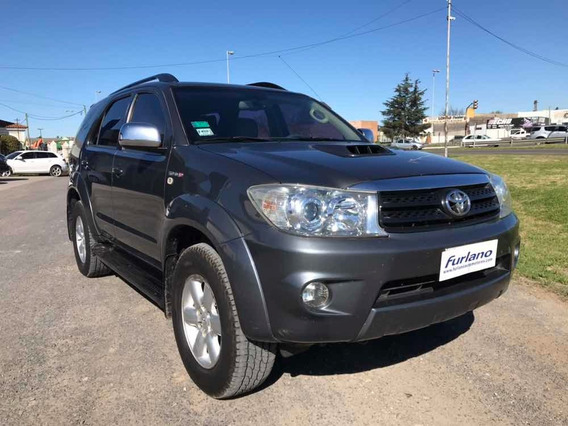 Toyota Sw4 3.0 Srv Cuero I 171cv 4x4 2011