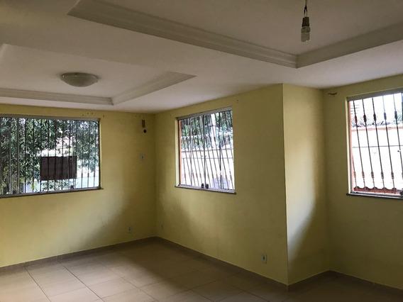 Casa Colonial,duplex,vazia,4 Q,2 Suítes,1 Vaga - R$ 390 Mil